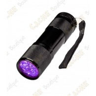This torch has 9 LED of ultra violet (UV).