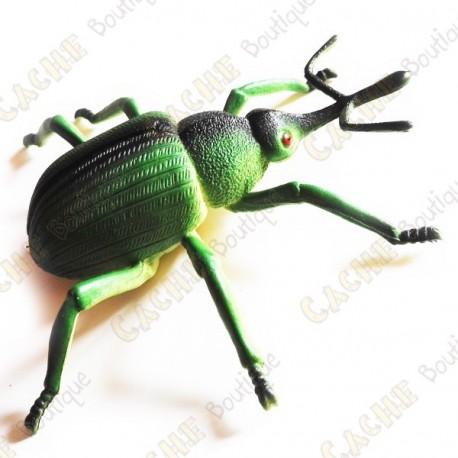 "Cache ""Bestiole"" - Gros scarabée vert"