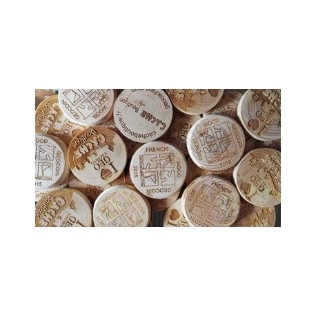 Géocoins en bois personnalisés x 100 - Cache Boutique