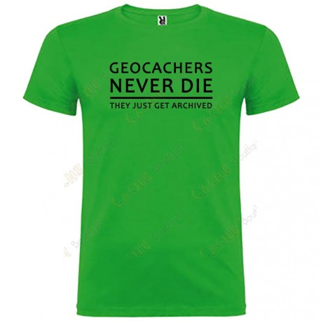 "Camiseta ""Geocachers never die"" Hombre"